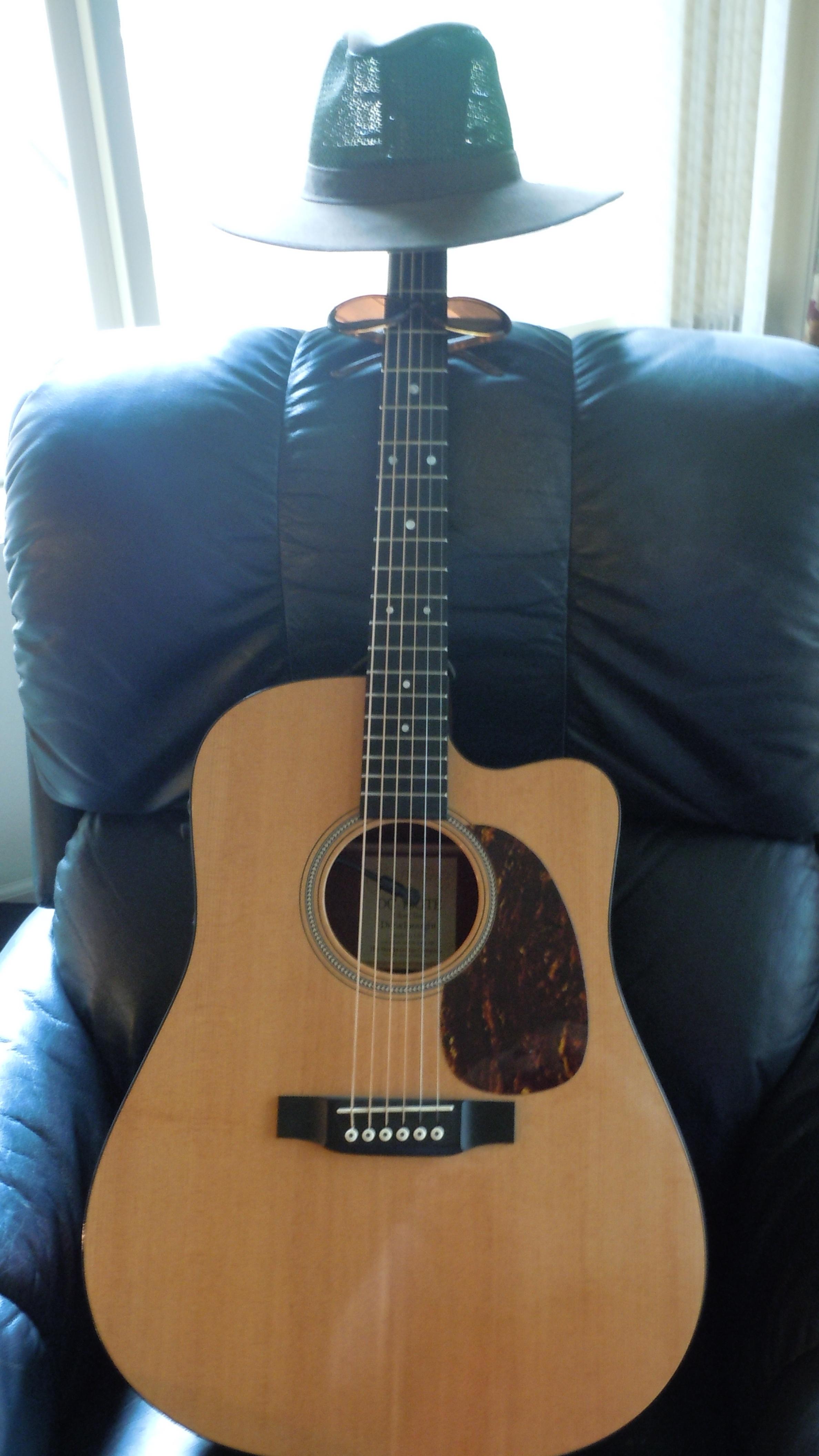 Dad's Guitar 005